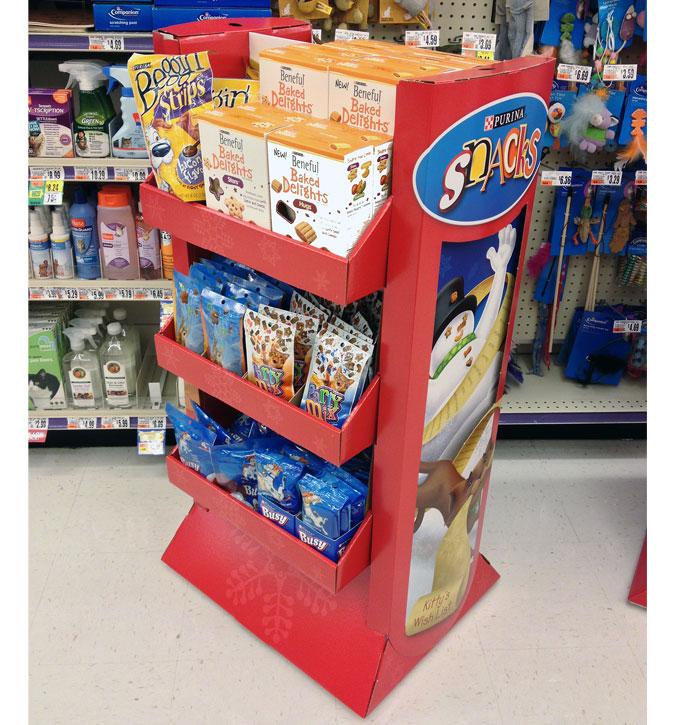 Purina Snacks Holiday Pet Display