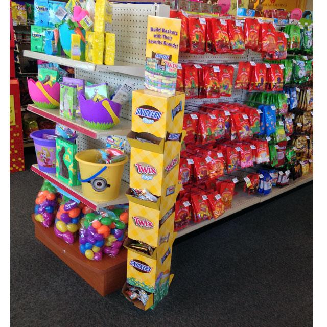 Build Baskets Tower Floor Display