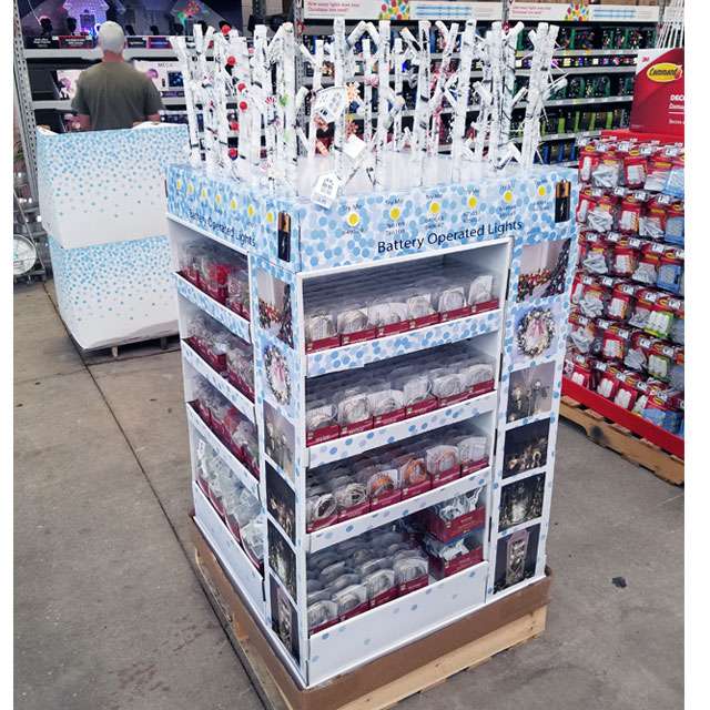 Holiday Living Interactive Pallet Display