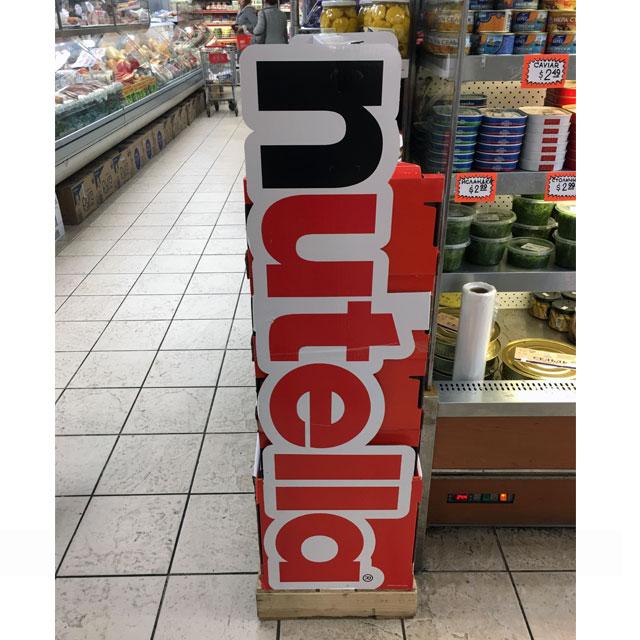 Nutella Pallet Display